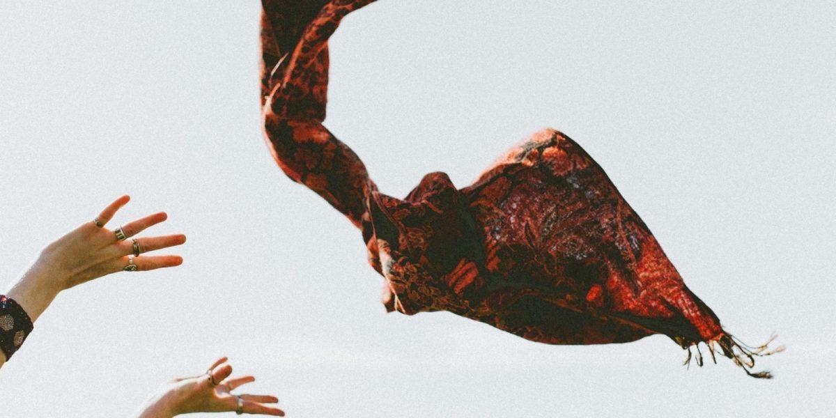 scarf flying